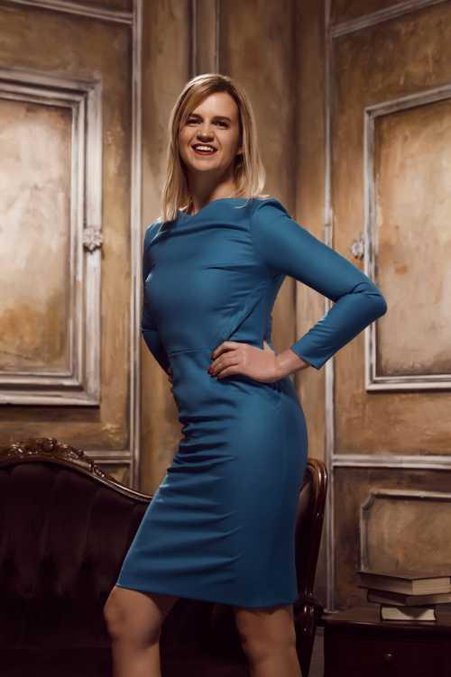 Как одежда влияет на успех: 5 платьев