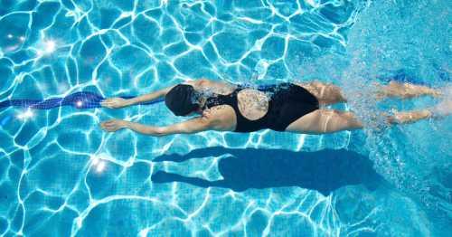 Чем можно заразиться в бассейне: кому чего стоит остерегаться