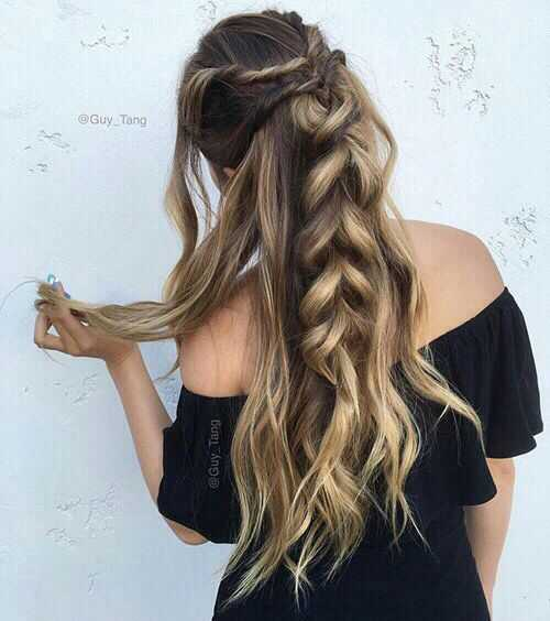 20 вариантов модных причесок на 14 февраля для длинных волос