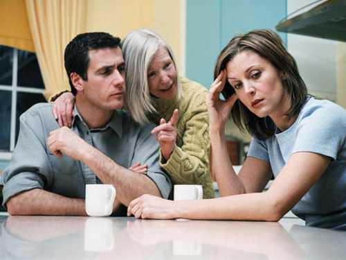 Свекровь и невестка: хрестоматийное противостояние