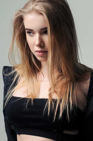 Учись у лучших: секреты красоты звезды Playboy певицы LELA